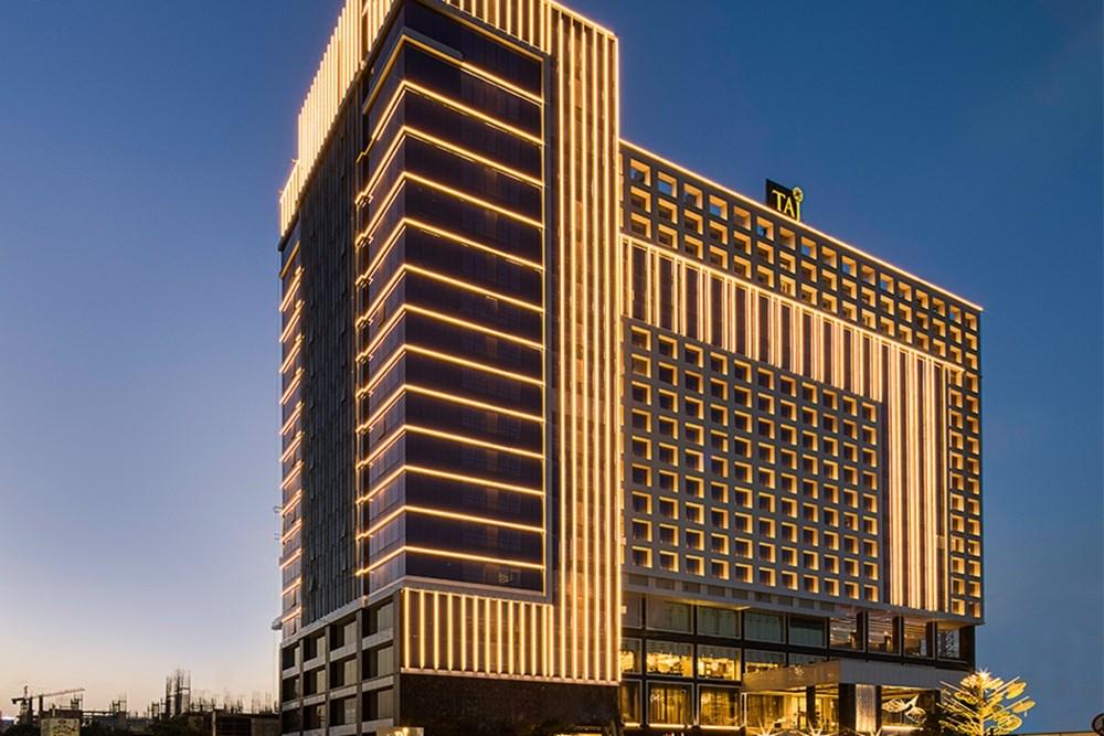 A Five-star Luxury Hotel, Taj Skyline, Assisted by Arcedior