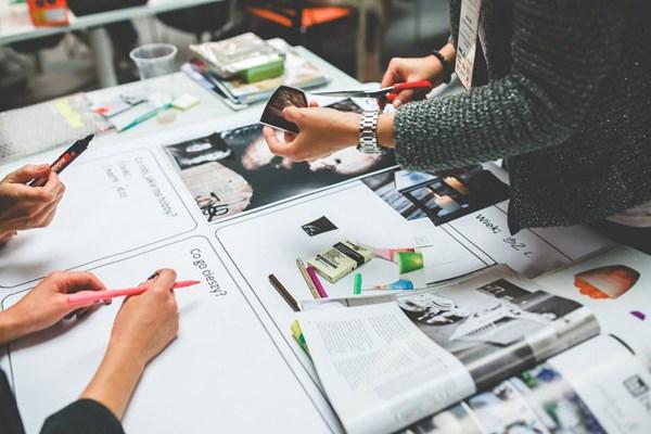 Yaratıcılıktan İçeriğe: Yapı Sektöründe Etkili Bir Marka Hikayelendirmesi İçin Görsel Medya Kullanımı