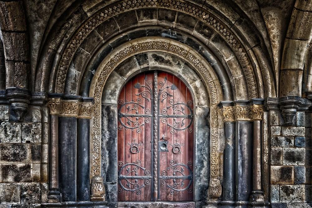 Zaman İçinde Kapılar