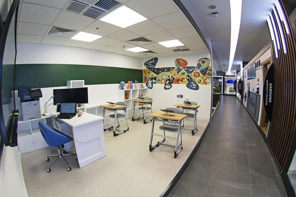 Whitepaper – Case History | Samsung B2B Showroom & Gerflor & Elips Tasarım