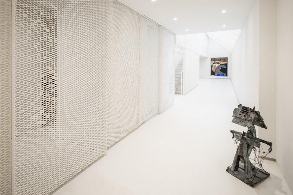 Washi Kağıdından Yüzeyleri ile Kişisel Arşiv Müzesi