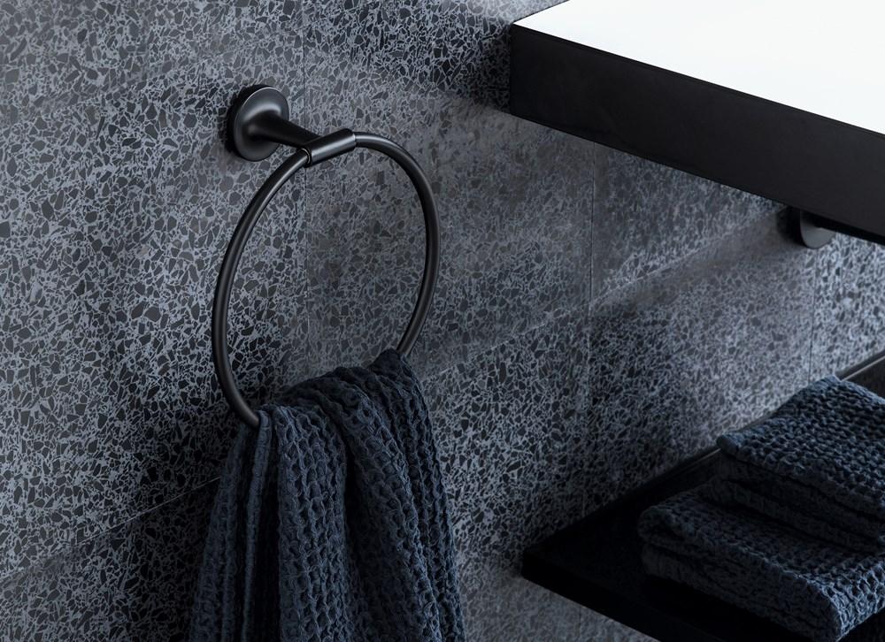 Duravit, Philippe Starck ile Birlikte Yeni Banyo Aksesuarı Serisi Starck T'yi Ortaya Çıkardı