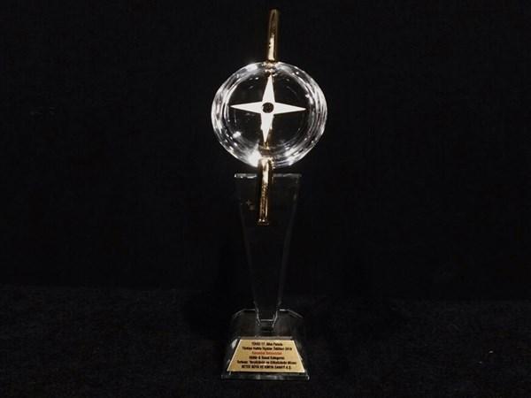 TÜHİD'den Filli Boya'ya Altın Pusula Ödülü