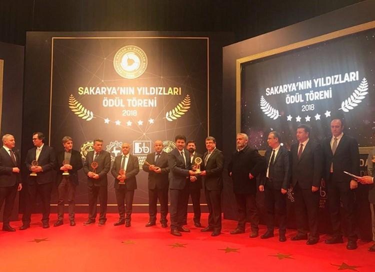 Sakarya'nın Yıldızları Ödül Töreni'nde Teknopanel Ödülünü Aldı