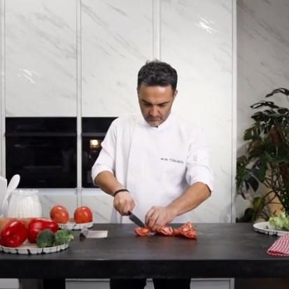 Chef Arda Türkmen's T-One by Kale Porcelain Workbench Experience
