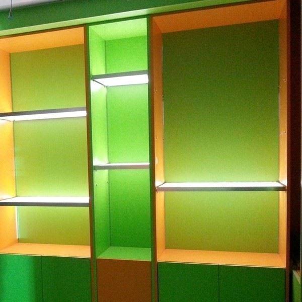 Illuminated Shelf