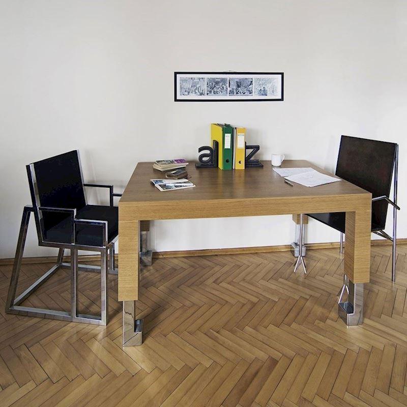 Pabuç Ayak Toplantı Masası