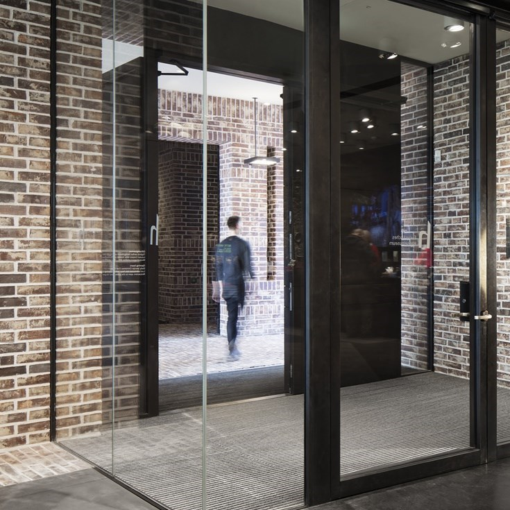 Glass Fire Door and Fire Resistant Glass Partition Wall | Janisol C4 EI60 - EI90 - 13
