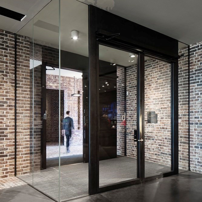 Glass Fire Door and Fire Resistant Glass Partition Wall | Janisol 2 EI30