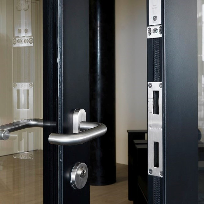 Glass Fire Door and Fire Resistant Glass Partition Wall   Janisol 2 EI30 - 8