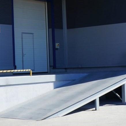 Dock Levelers - 3