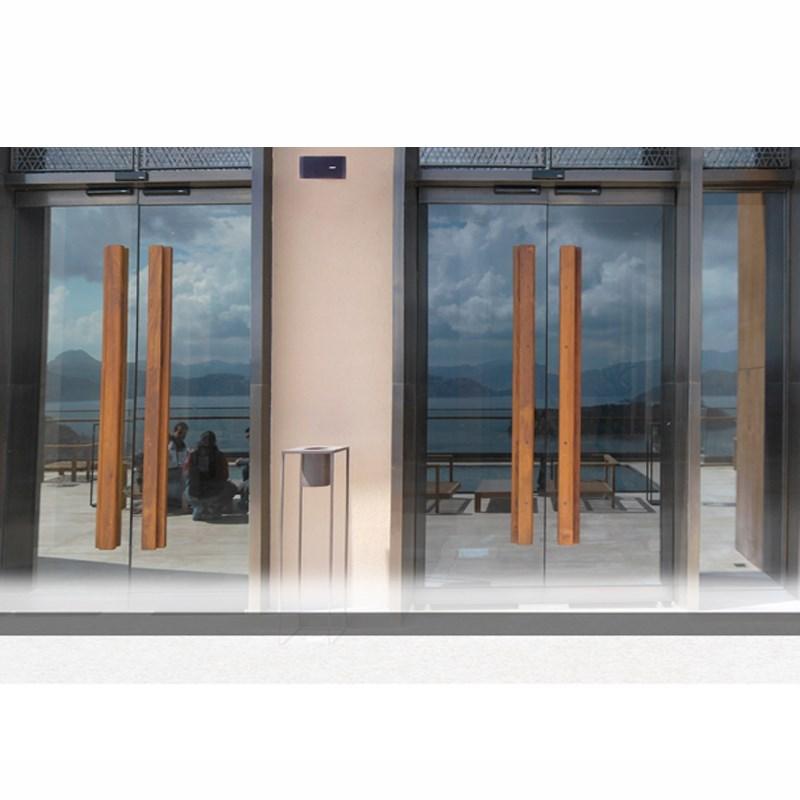 90˚ Automatic Doors  - 2