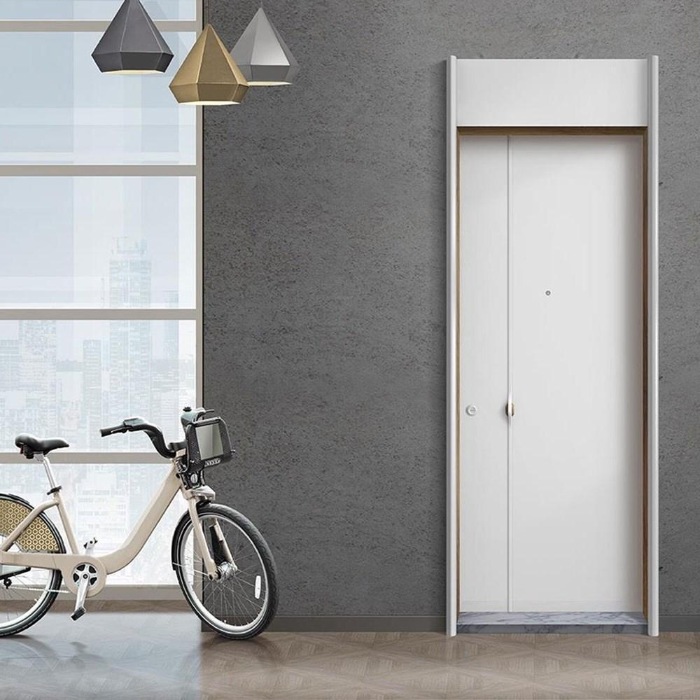 Steel Door | Logg - 048