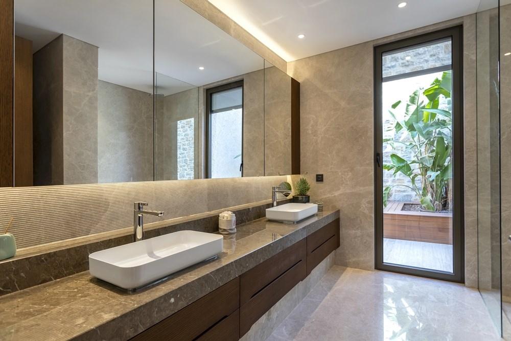 Banyo Dolabı - 1