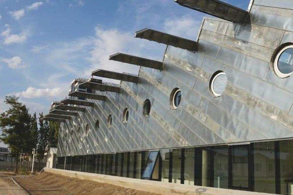 Abdullah Gül Üniversitesi Laboratuvar Binası